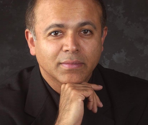 Abraham Verghese head shot